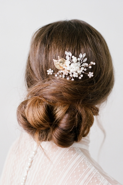 Bridal Hair Comb with pearls by Bride La Boheme