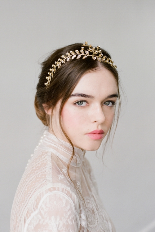 Crystal halosheadpieces hair combs vintage headbands hair majestic golden halo by bride la boheme junglespirit Image collections