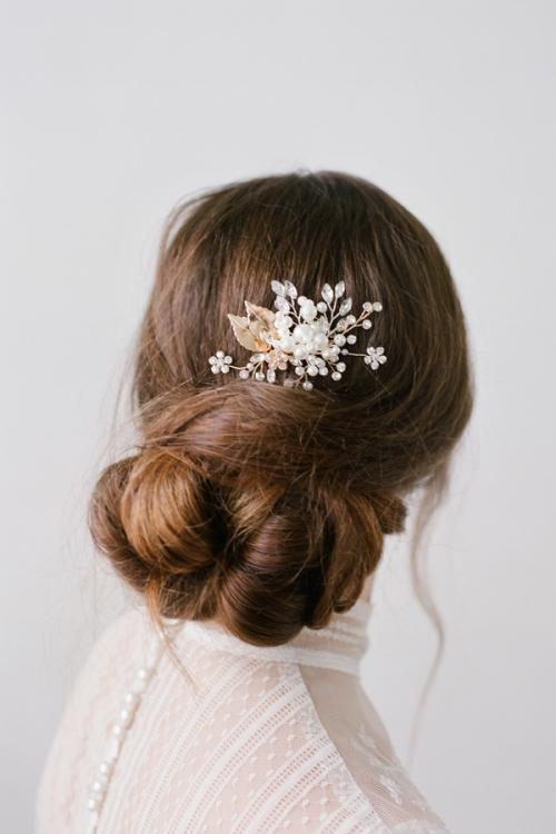 Bridal Hair Comb with pearls by Bride La Boheme